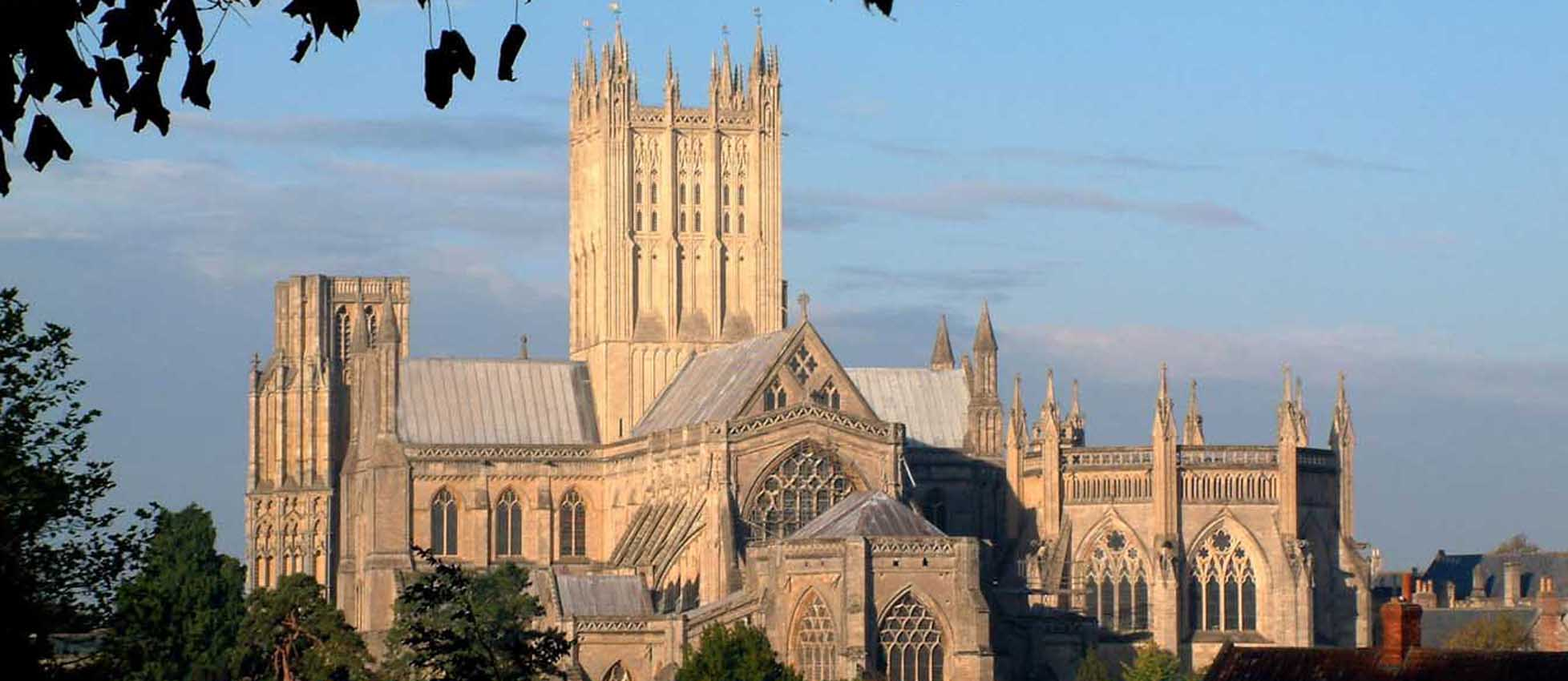 cathedral_wells1