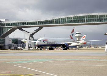 british-airways-on-airfield